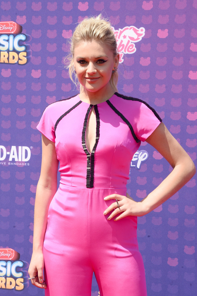 "Kelsea Ballerini - В Лос-Анджелесе прошла премия ""Radio Disney Music Awards 2016"""