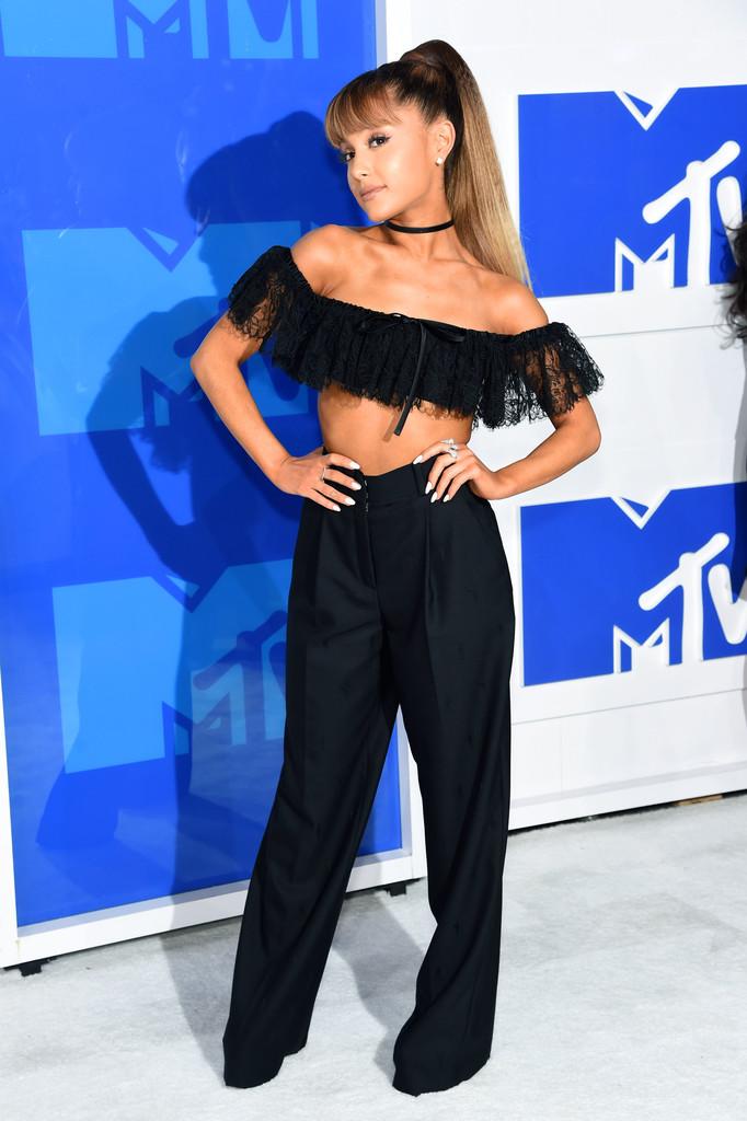 Ariana Grande 1 - MTV Video Music Awards 2016: Фотографии