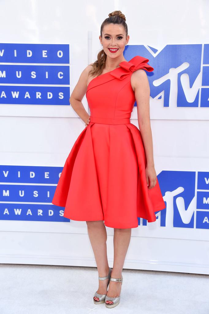 Carly Steel - MTV Video Music Awards 2016: Фотографии