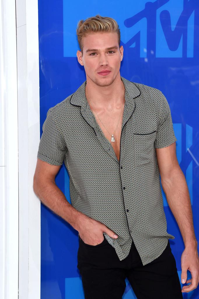 Matthew Noszka - MTV Video Music Awards 2016: Фотографии