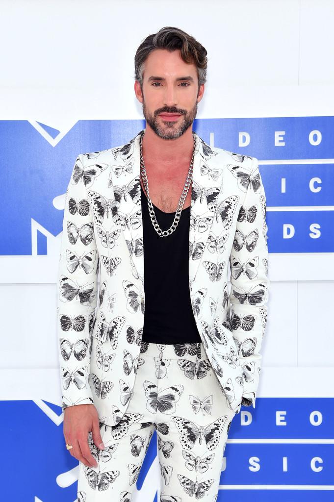 Robert Sepulveda Jr. - MTV Video Music Awards 2016: Фотографии