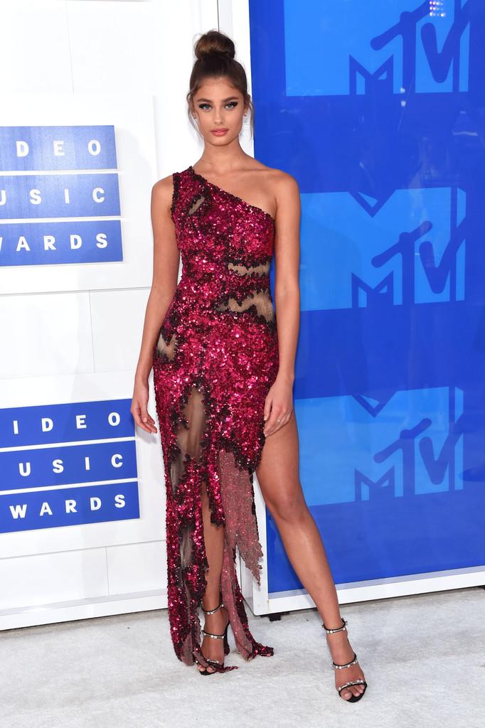 Taylor Hill - MTV Video Music Awards 2016: Фотографии