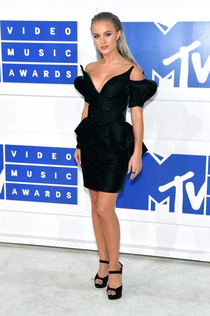Zara Larsson - MTV Video Music Awards 2016: Фотографии