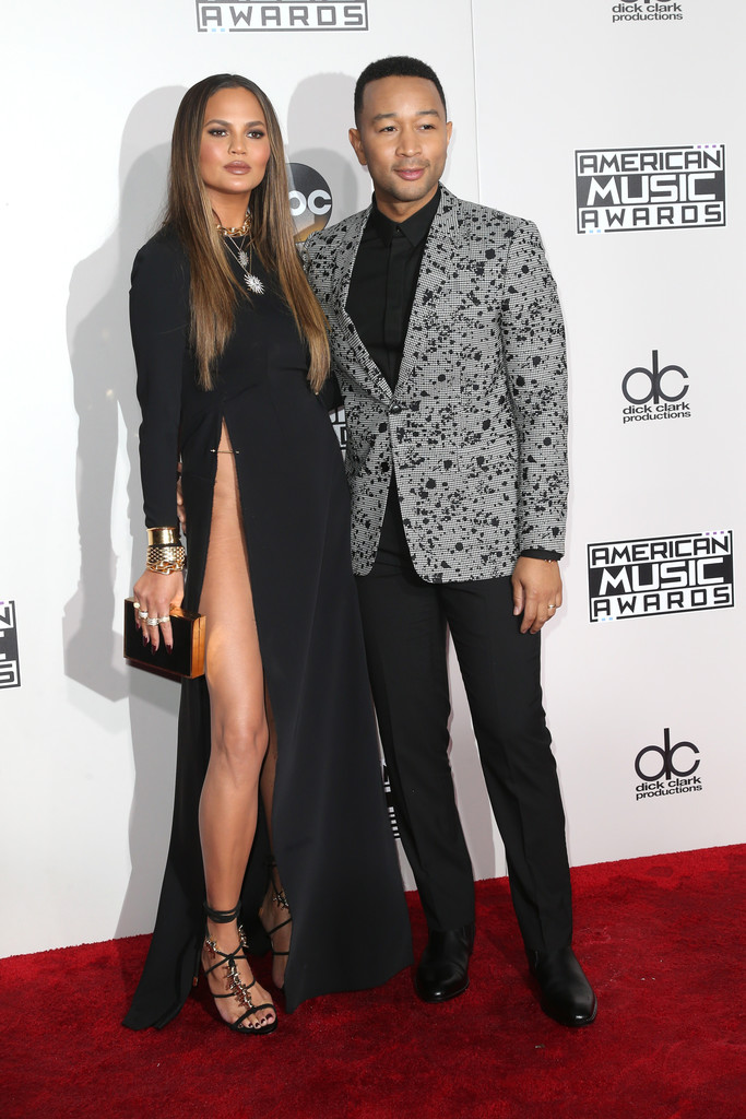 Chrissy Teigen and John Legend - American Music Awards 2016: фотографии