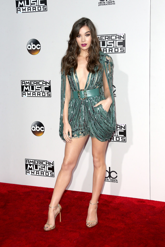 Hailee Steinfeld - American Music Awards 2016: фотографии