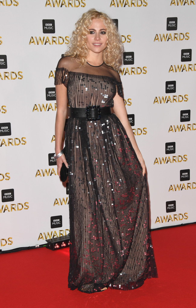 "Pixie Lott - В Британии прошла премия ""BBC Music Awards 2016"""