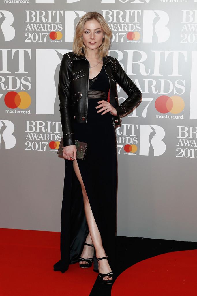 Clara Paget - BRIT Awards 2017: фотографии