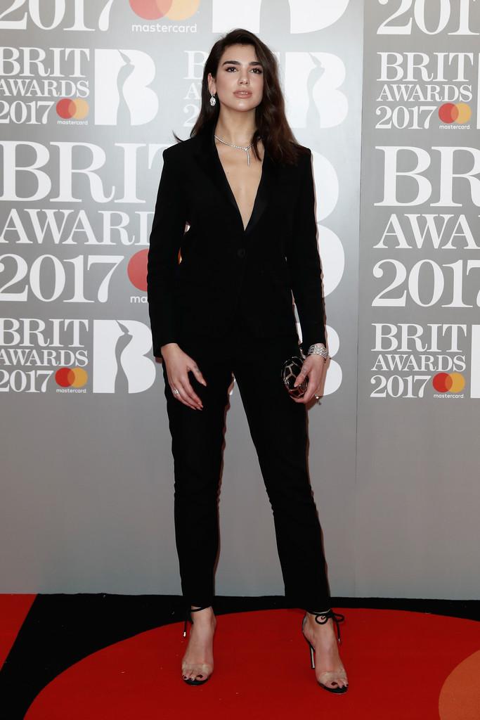 Dua Lipa - BRIT Awards 2017: фотографии