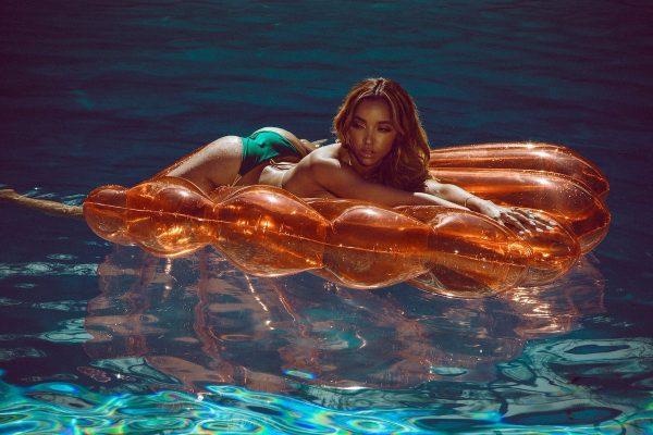 Tinashe Galore Photoshoot 2017 2 600x400 - Tinashe - Way With Words