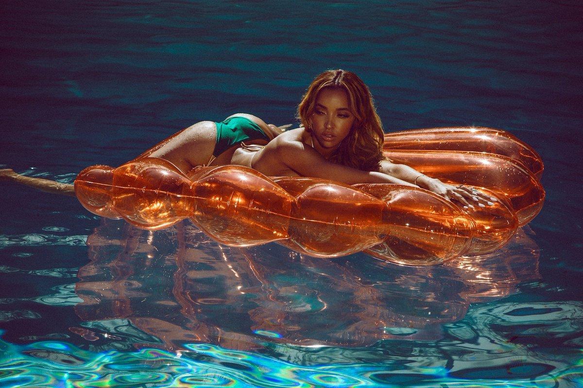 Tinashe Galore Photoshoot 2017 2 - Фото: Тинаше в журнале Galore