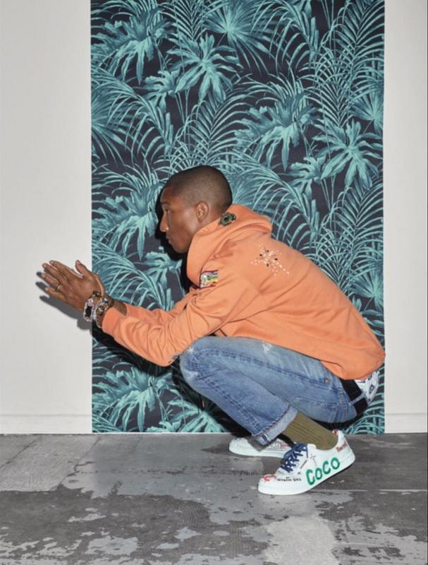 Фото: Pharrell на обложке Harper's Bazaar Korea