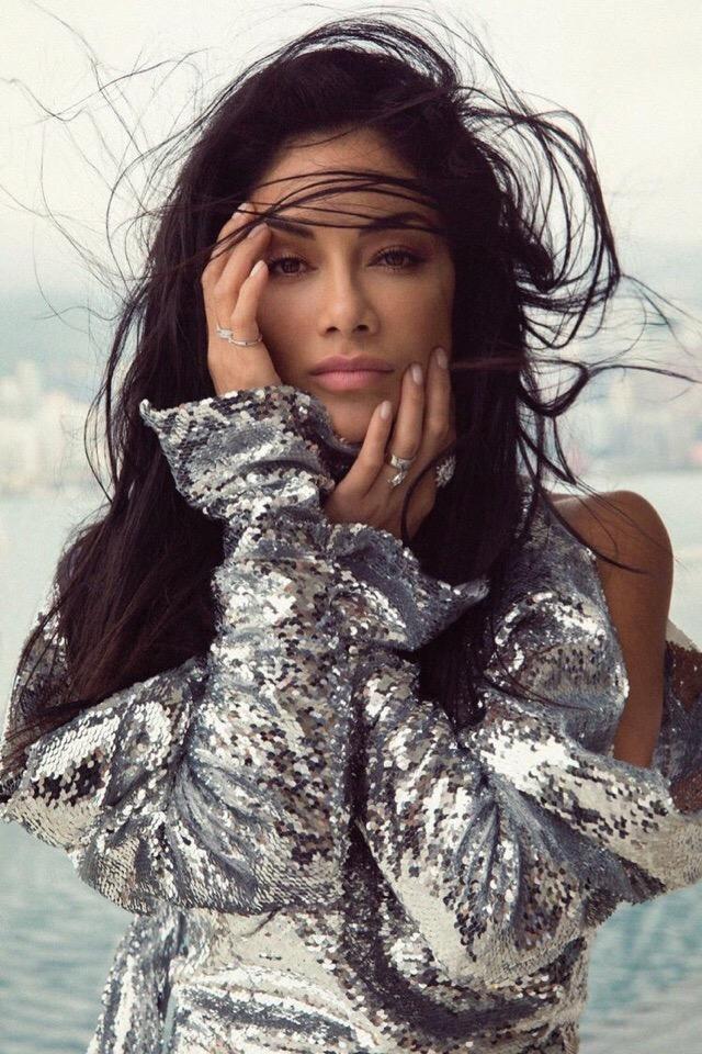 Nicole Scherzinger Legend Magazine 6 - Фото: Николь Шерзингер в журнале #Legend