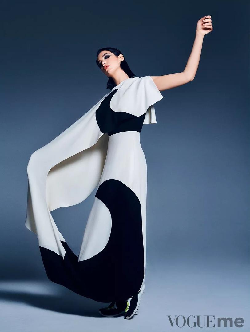 Фото: Дуа Липа для Vogue Me
