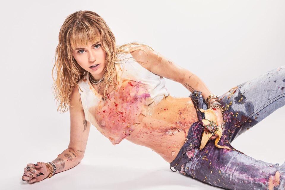 Miley Cyrus She Is Miley 1 - Новые промо-фото Майли Сайрус