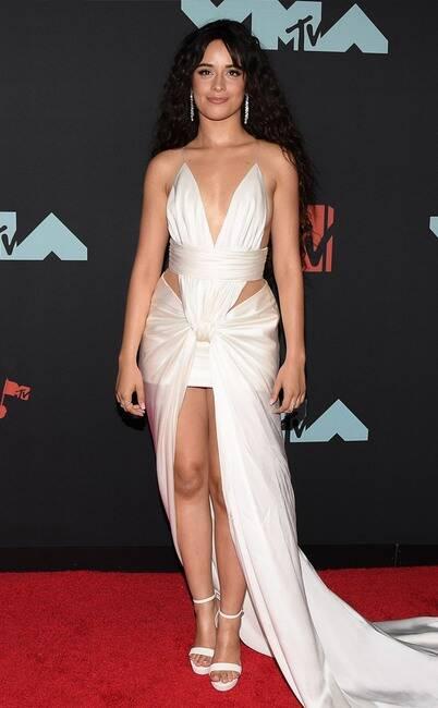 MTV VMA 2019 Camila Cabello - MTV Video Music Awards 2019: лучшие и худшие наряды (16 фото)
