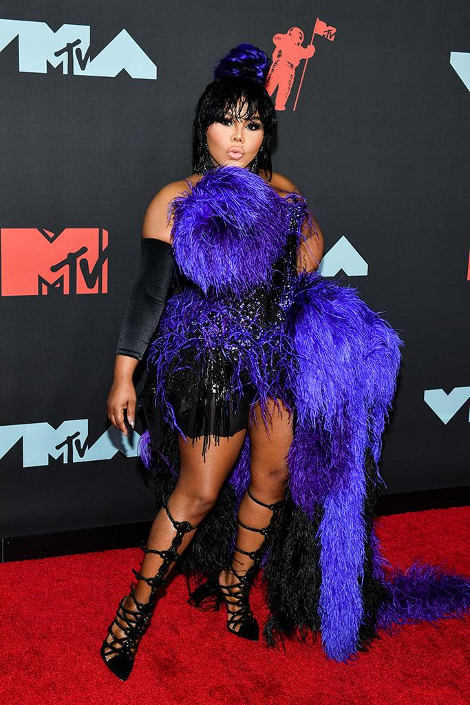 MTV VMA 2019 Lil Kim - MTV Video Music Awards 2019: лучшие и худшие наряды (16 фото)
