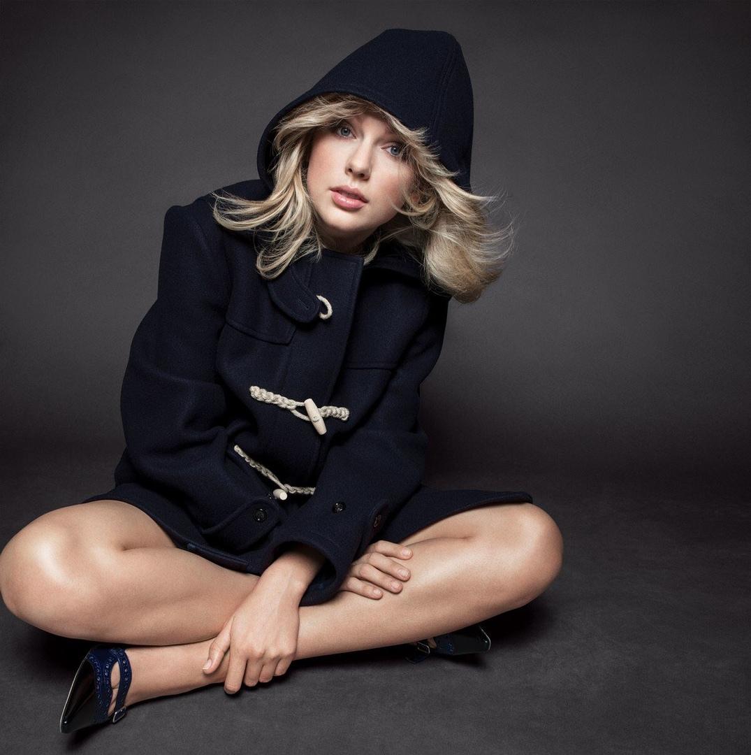 Фото: Тейлор Свифт на обложке Vogue