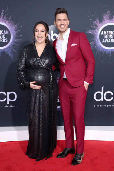 Andy Grammer 2019AmericanMusicAwards - American Music Awards 2019: Фотографии с красной дорожки