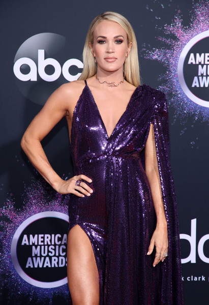 Carrie Underwood 2 2019AmericanMusicAwards - American Music Awards 2019: Фотографии с красной дорожки