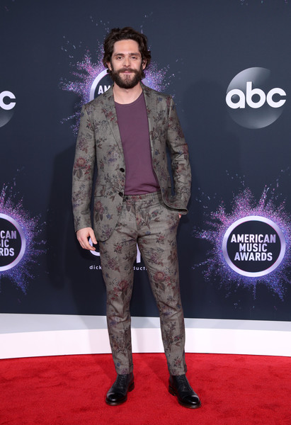 Thomas Rhett 2019AmericanMusicAwards - American Music Awards 2019: Фотографии с красной дорожки