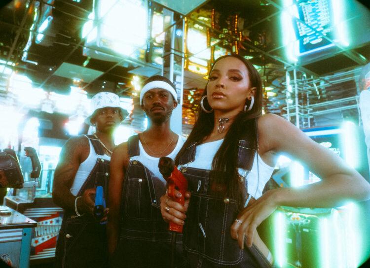 THEY TINASHE - THEY. & Tinashe - Play Fight