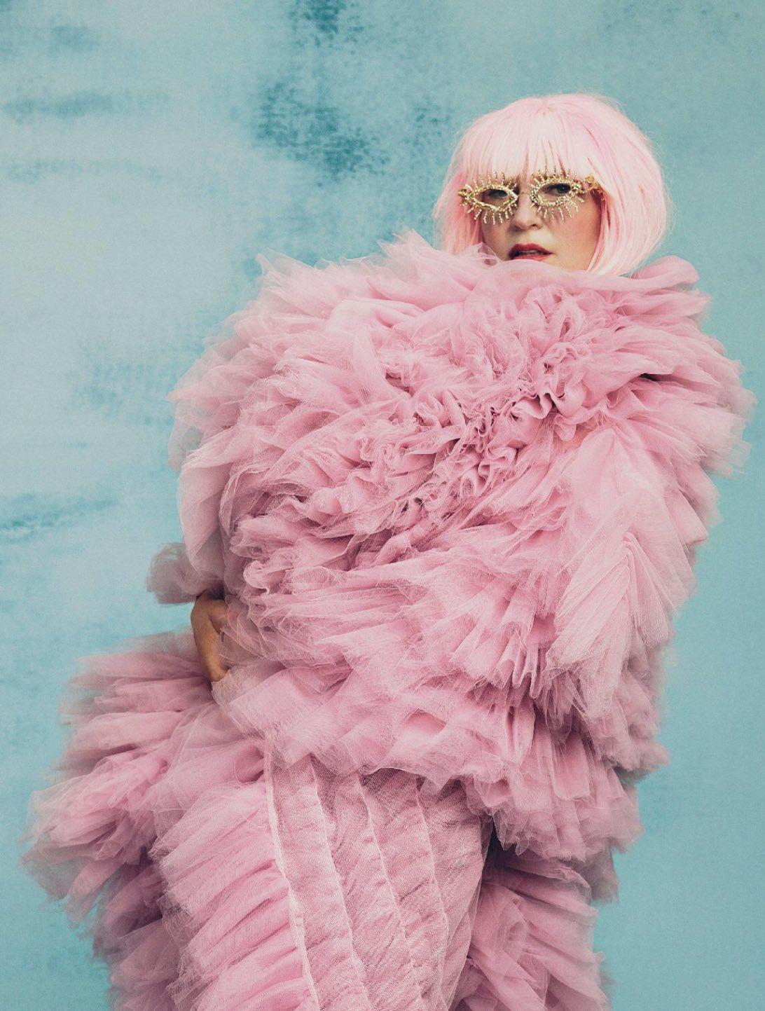 Sia Vogue Australia 5 - Фото: Sia на обложке Vogue Australia