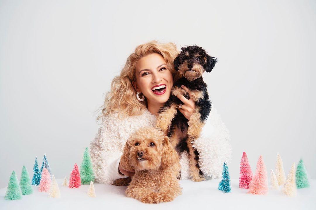tori kelly xmax album - Tori Kelly - A Tori Kelly Christmas (Album)