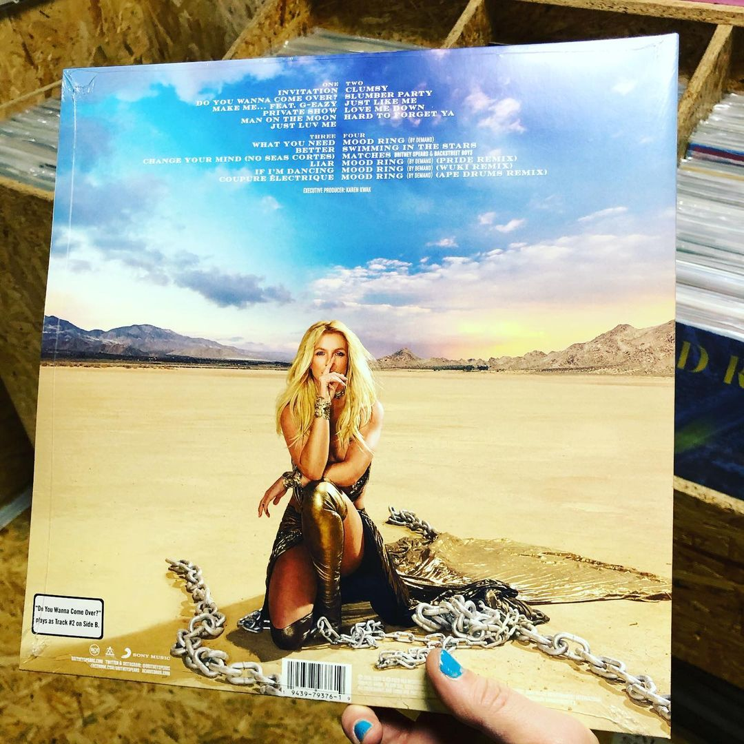glory deluxe vinyl 2020 cover - Britney Spears - Swimming In The Stars
