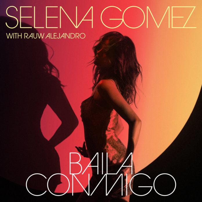 Selena Gomez Baila Conmigo with Rauw Alejandro 696x696 - Selena Gomez - Baila Conmigo (with Rauw Alejandro)