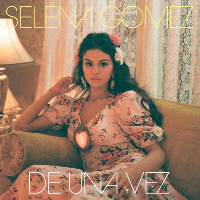 Selena Gomez De Una Vez 696x696 - Selena Gomez - De Una Vez