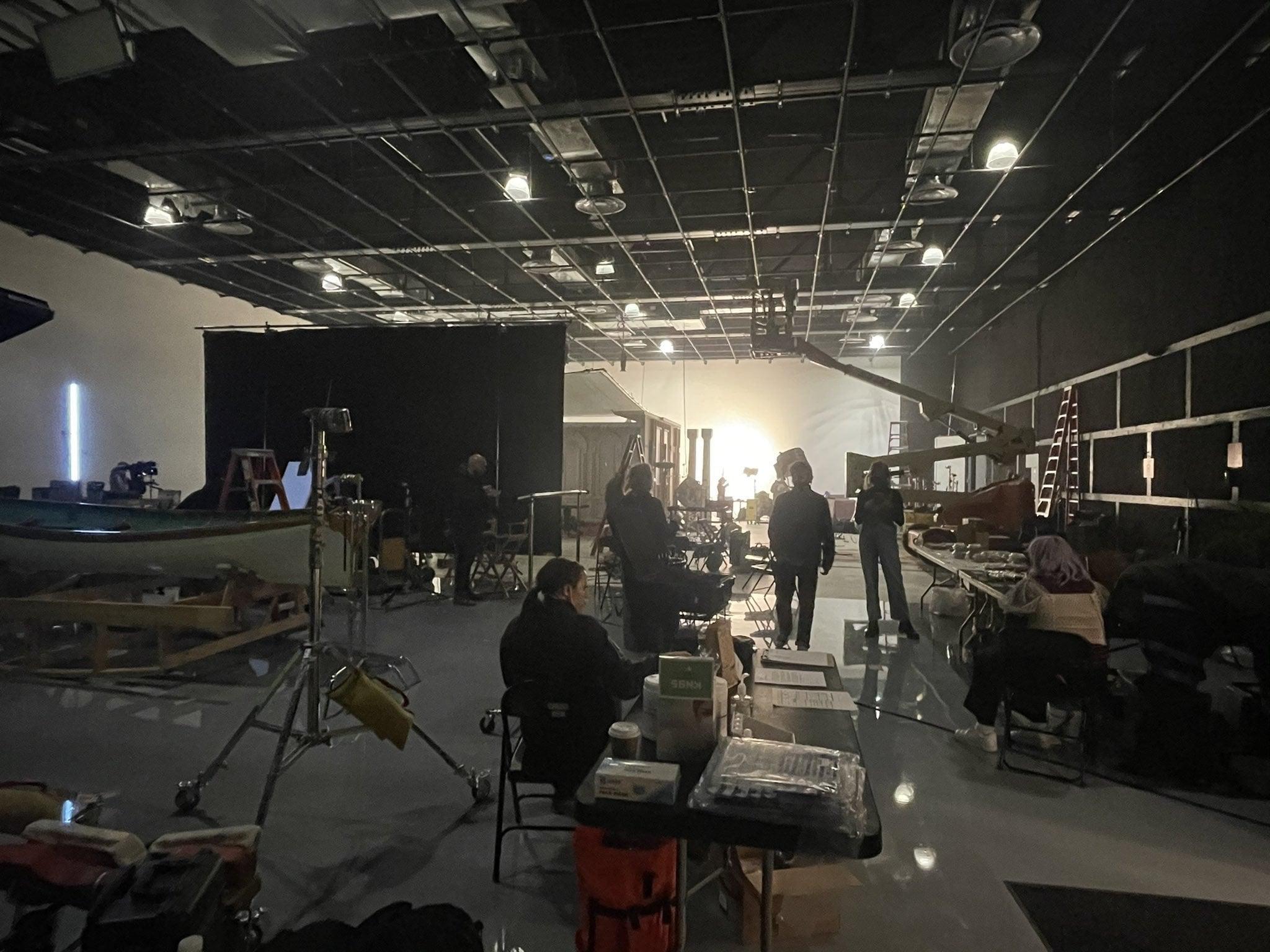 "dua lipa were good videoshoot - Дуа Липа готовит новый сингл ""We're Good"""