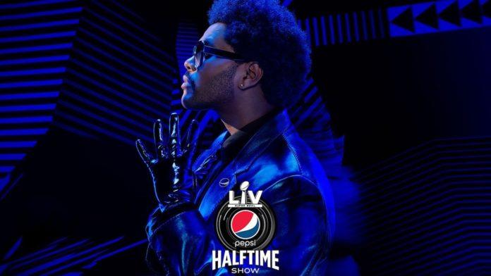 "the weeknd superbowl 2021 696x392 - Видео: The Weeknd выступил на ""Супербоул-2021"""