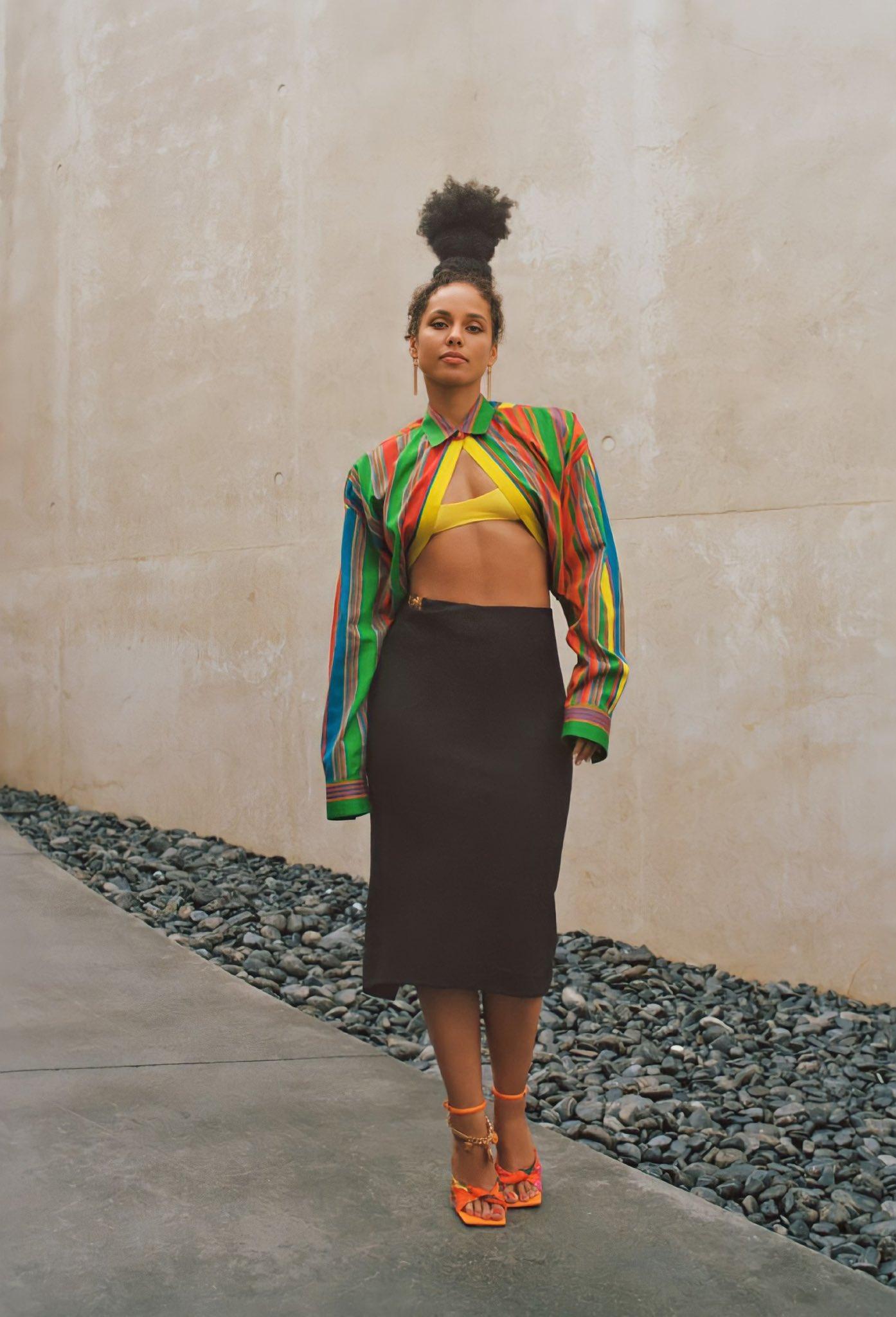 Alicia Keys Allure 2021 5 - Фото: Алиша Киз на обложке Allure