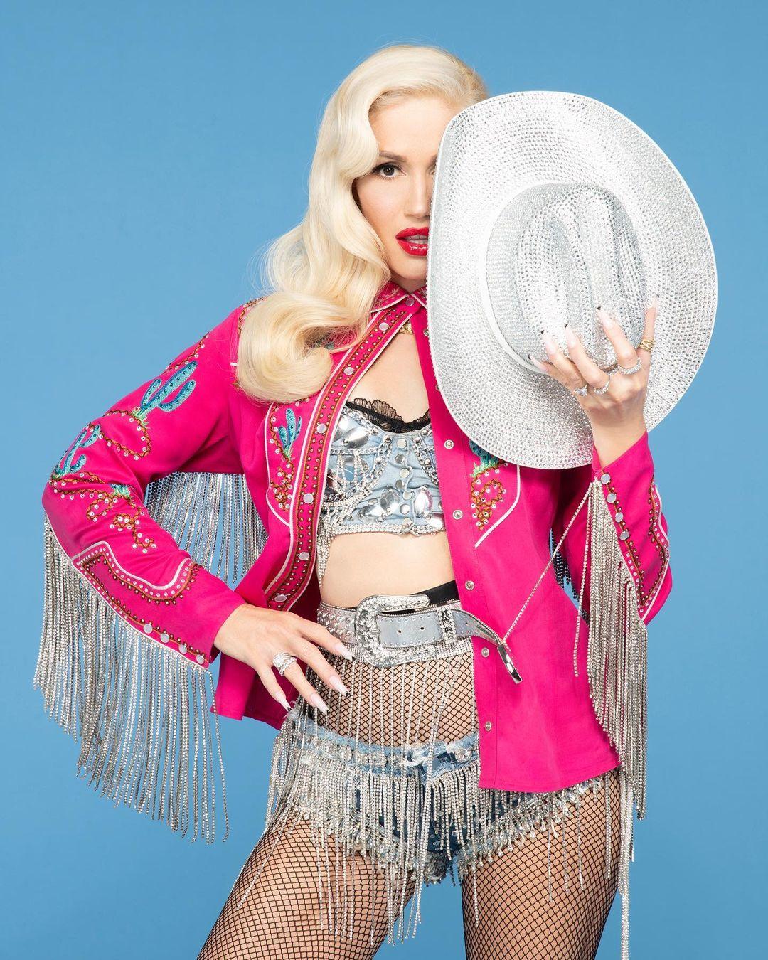 Gwen Stefani Slow Clap Promo Pic 2021 - Gwen Stefani - Slow Clap