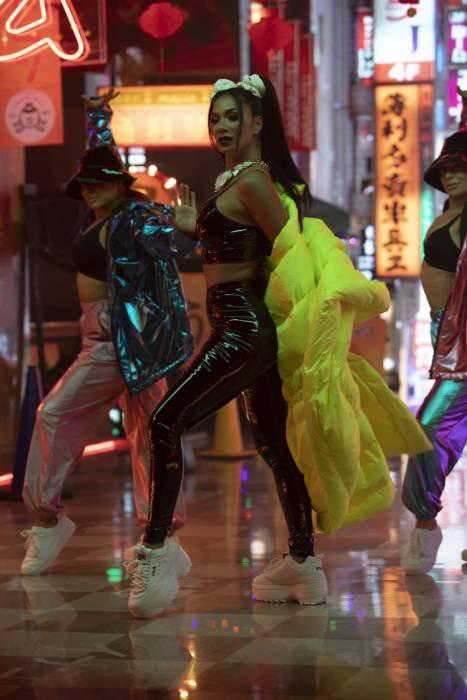"""Nicole Scherzinger Louis Fonsi She Is BINGO 4 - Николь Шерзингер и Луис Фонси выпускают сингл """"She's BINGO"""""""