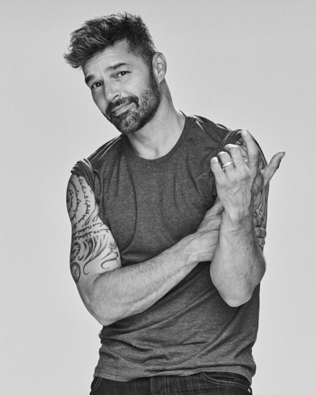 ricky martin 2021 play - Ricky Martin & Paloma Mami - Que Rico Fuera